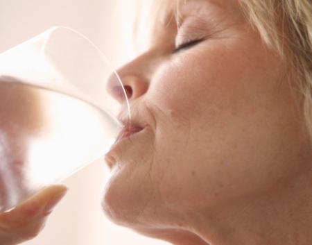bebendo-agua-g-20091003